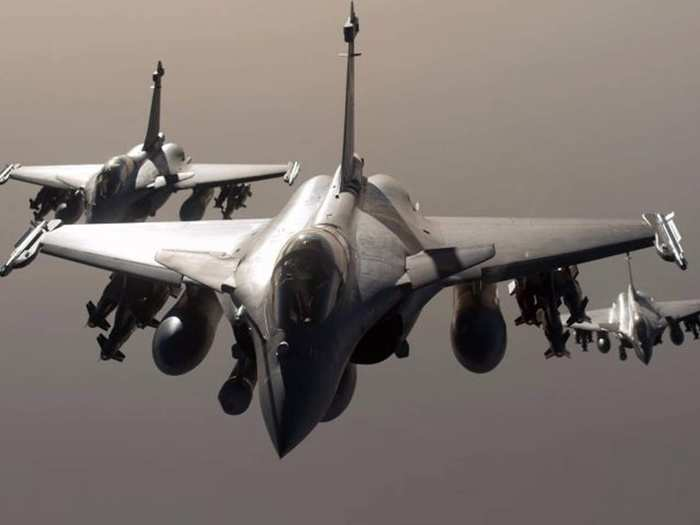 indonesia wants to buy rafale fighter jets from france amid tension with china