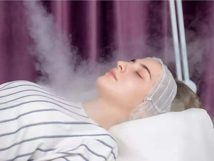 benefits of steaming face for healthy and clean skin in marathi