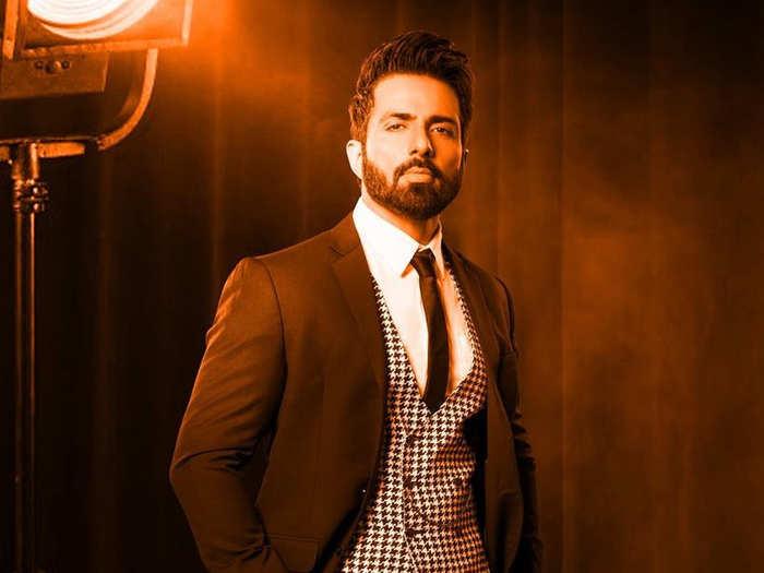 top global asian celebrity 2020 sonu sood tops the list priyanka chopra diljit dosanjh in top 15