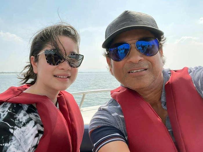sachin tendulkar shared photo with daughter sara on social media watch video of his parasailing