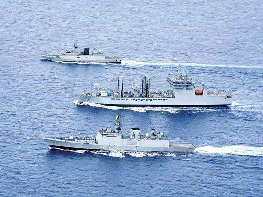 India China News : हिंद महासागर में 120 से ज्यादा युद्धपोत तैनात, भारत को भी चीन के सामने दीवार बनना होगा : सीडीएस