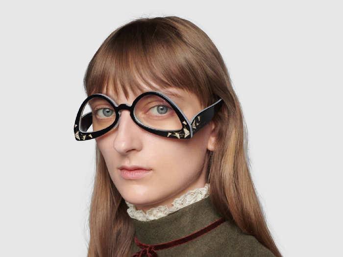 Inverted cat eye sunglasses