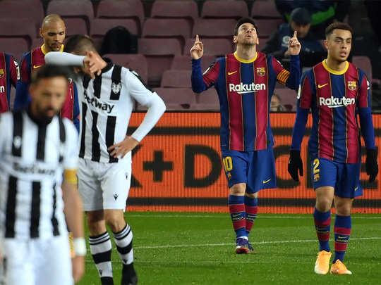 spanish league la liga barcelona win against levante by lionel messi
