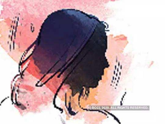 सांगली: तरुणीवर बलात्कार केल्याचा आरोप, फरारी पोलीस निरीक्षक अखेर...