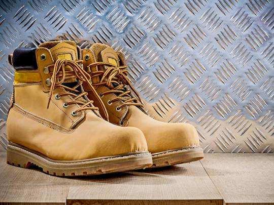 Mens Boots On Amazon : विंटर्स के लिए बेस्ट हैं ये स्टाइलिश Men Boots, Amazon Sale से आज ही करें ऑर्डर