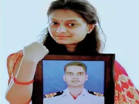 martyr navy officer lt commander dharmendra singh chouhan widow to join indian army
