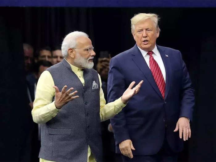 अमेरिका को भारत से सीखने की सलाह