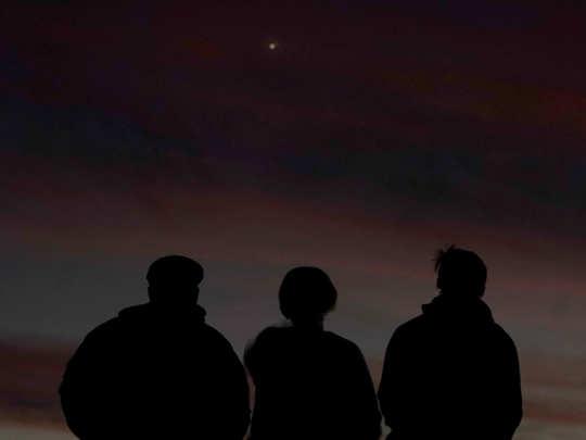 images of breathtaking conjunction of saturn and jupiter