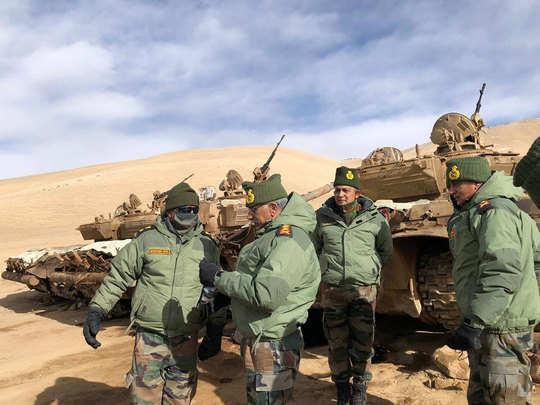 indian army chief general manoj mukund naravane on one day leh visit latest news