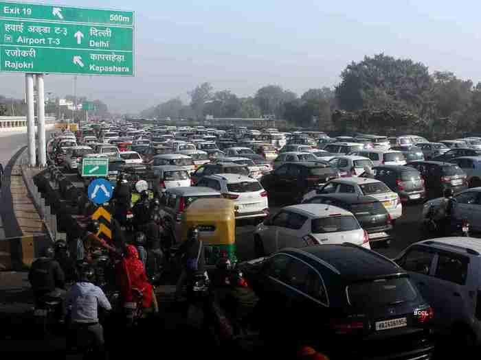 नए साल में दिल्ली से बाहर करनी है पार्टी? किसान आंदोलन से बचकर ऐसे निकालें अपनी गाड़ी