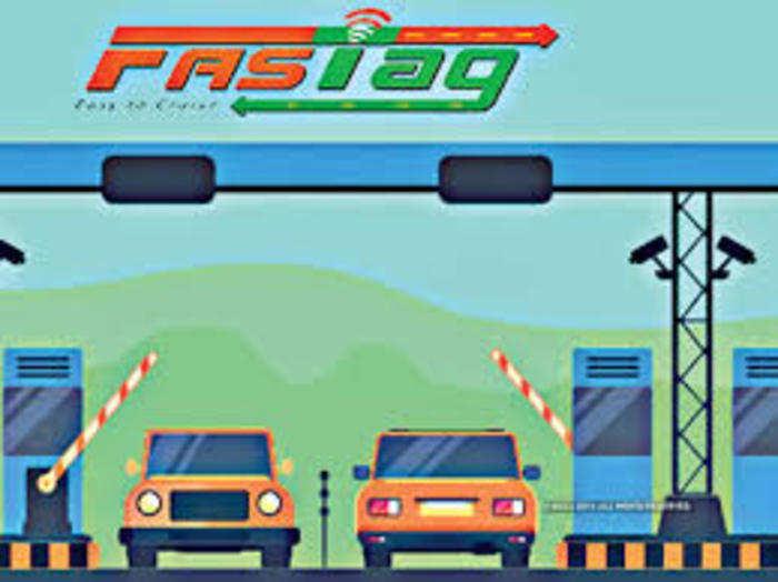 1 जनवरी से सभी चौपहिया वाहनों के लिए फास्टैग अनिवार्य होगा।