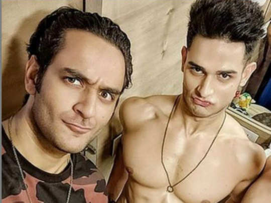 bigg boss 14 users question priyank sharma about his sexuality after vikas gupta reveals that he dated a guy for one and a half years before he came to the show