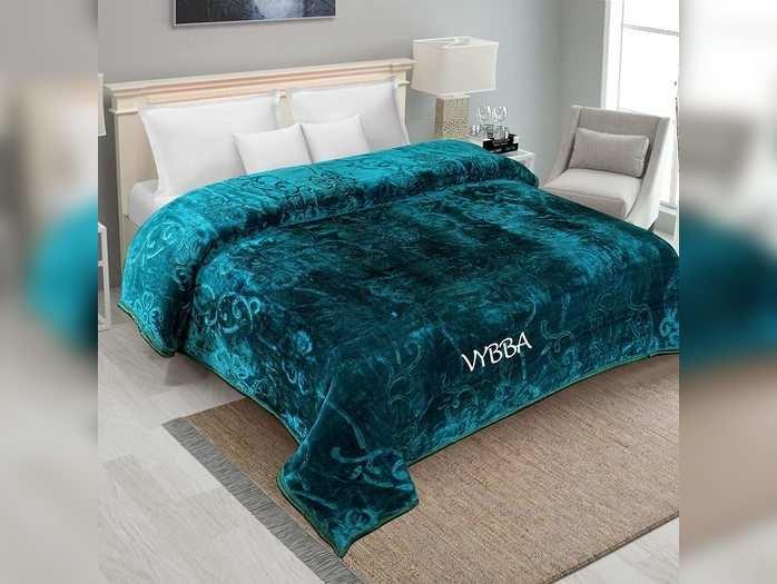 सॉफ्ट स्मूथ टच वाले Winter Blankets पर मिल रही 60% कि छूट, जल्दी करें ऑर्डर