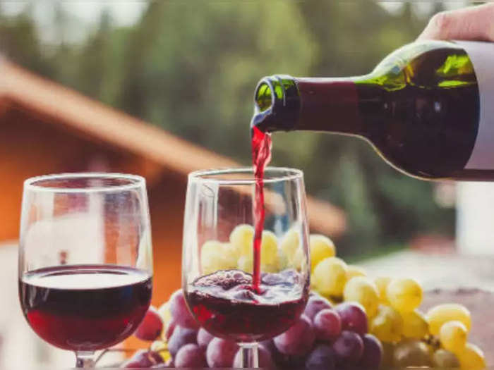 use red wine on face for supple and younger skin there the tips