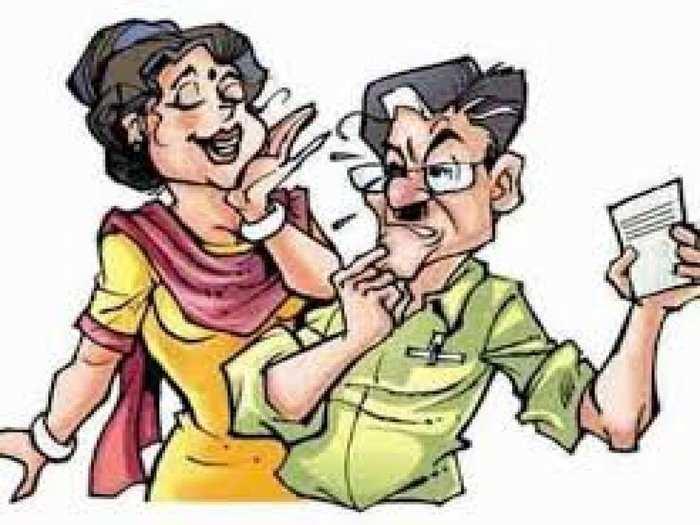 husband wife and saali new year jokes in hindi