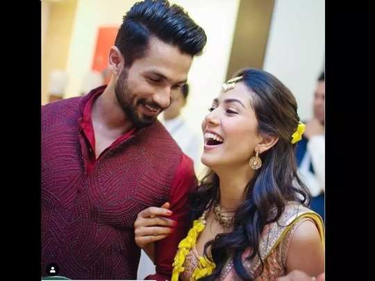 mira rajput bridal beauty tips shared charoli and masoor dal scrub face pack tips with fans in marathi