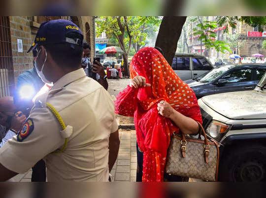 Mumbai: Actress Shweta Kumari arrives at Narcotics Control Bureau (NCB) office i...