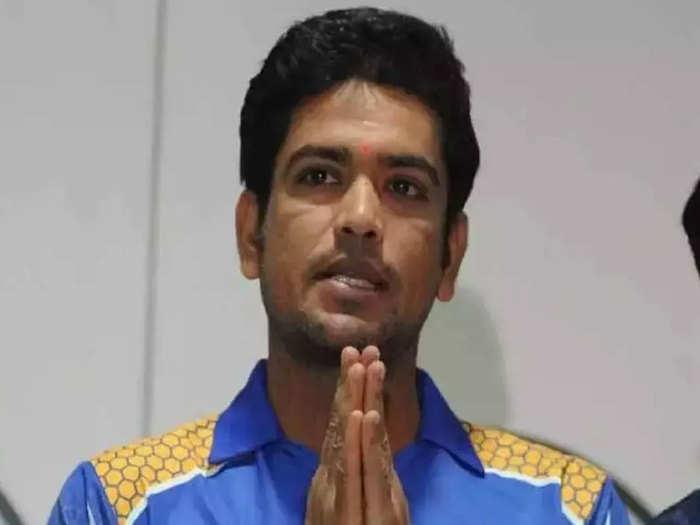 लक्ष्मी रतन शुक्ला ने दिया इस्तीफा