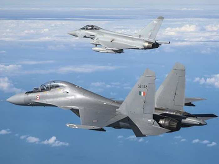 chinese j-10c, j-11b fighter jets simulated indian rafale, su-30 jets in shaheen-9 china-pak exercise