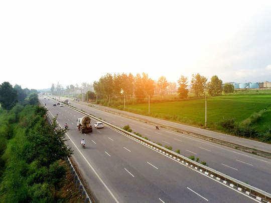 delhi mumbai express way
