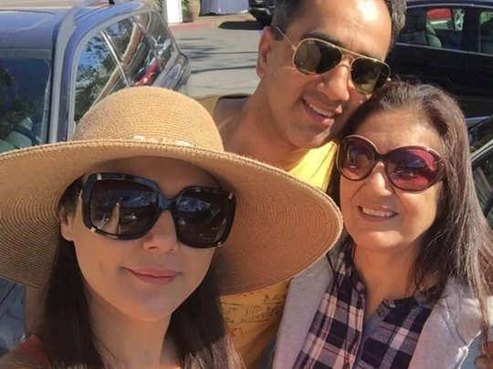 Preity Zinta With Family