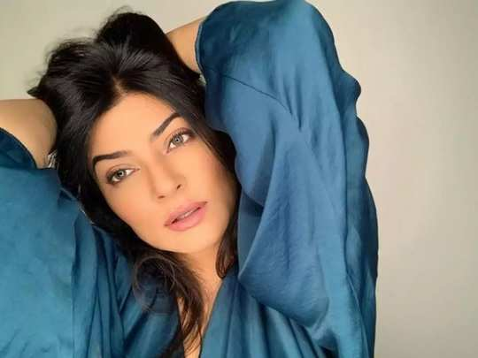 sushmita sen talks about the skincare routine of bollywood actresses in marathi