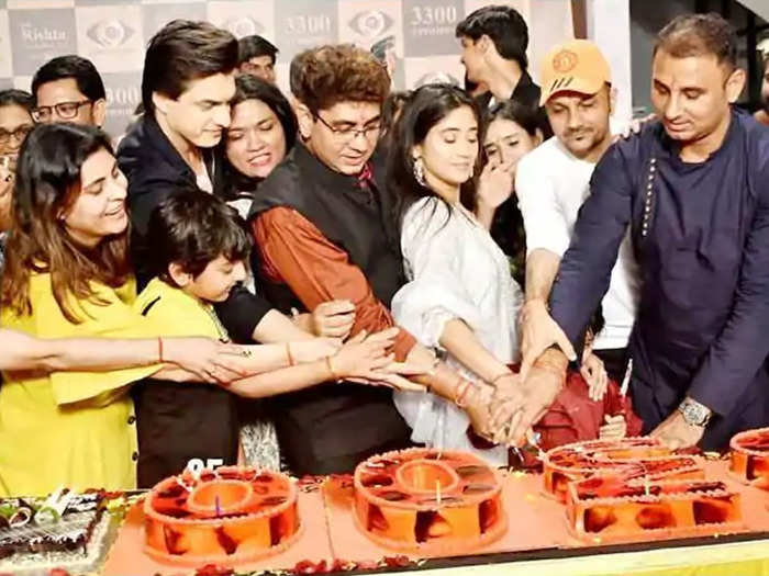 yeh rishta kya kehlata hai completes 12 years and 3300 episodes watch grand celebration pics on the sets