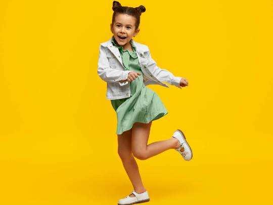 Girls Coat On Amazon : नन्ही परी को इन Girls Coat में स्टाइलिश लुक के साथ ठंड से भी मिलेगी राहत, Amazon से खरीदें