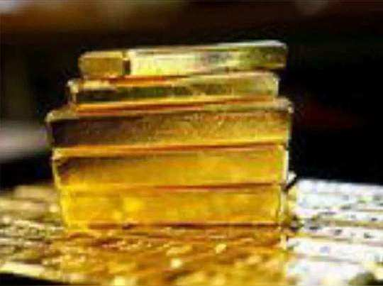 increasing covid-19 cases likely to support gold, while denting the appeal for crude and base metals
