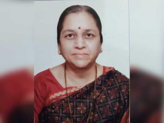 Dr. Suniti Sahasrabhuddhe.