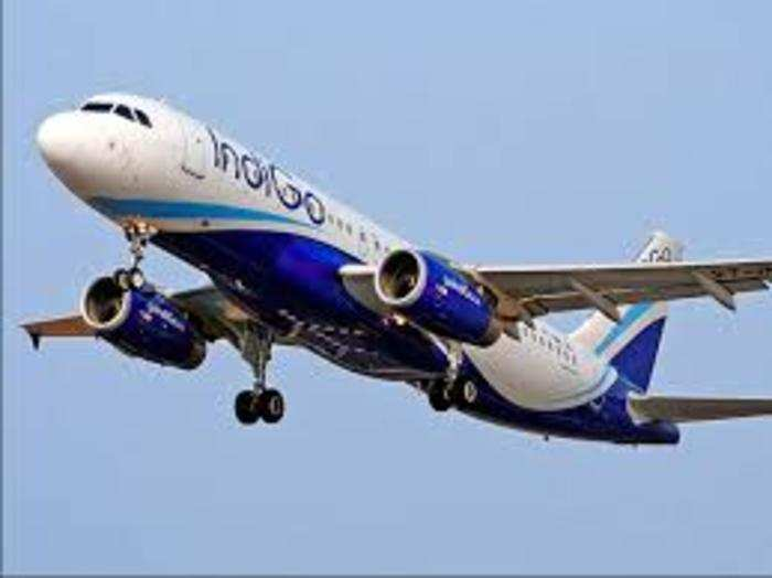 indigo and spicejet kick off festive sale domestic flight fares starting as low as rs 877