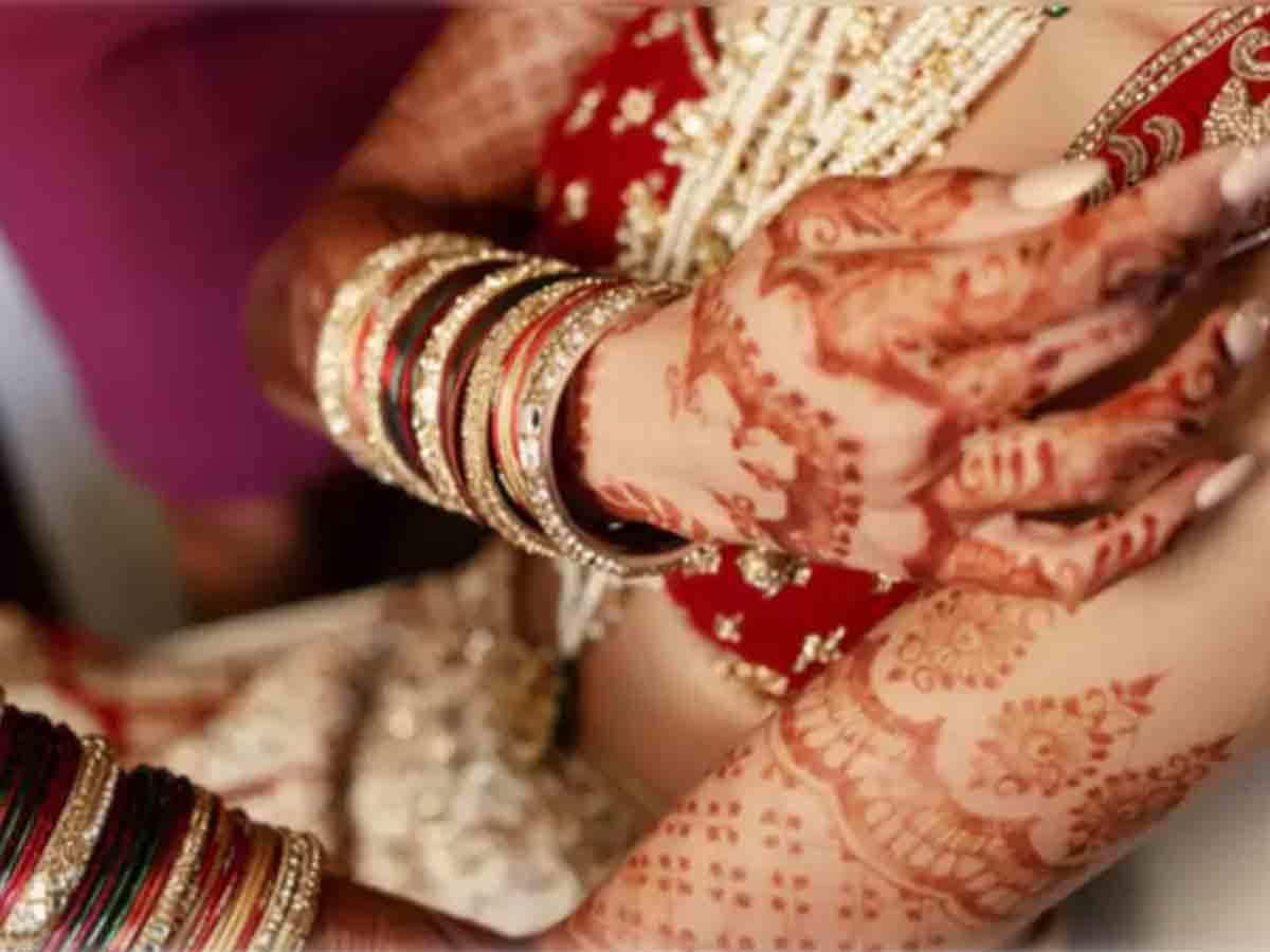 shadi ke baad sex: मंगेतर शरीर से कुछ कमजोर हैं, क्या शादी के बाद वह मुझे संतुष्ट कर पाएंगे? - sexual satisfaction after marriage in hindi | Navbharat Times