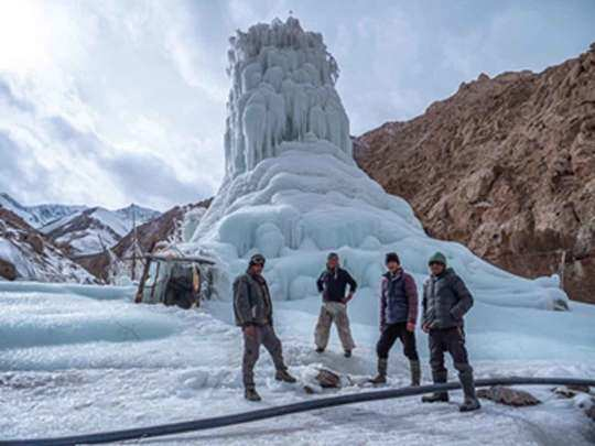 know, what is the ice stupa project of ladakh, for which the tribal affairs ministry received this prestigious award