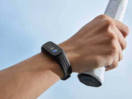 fitness bands under rs 3000 here are the options from realme to oneplus