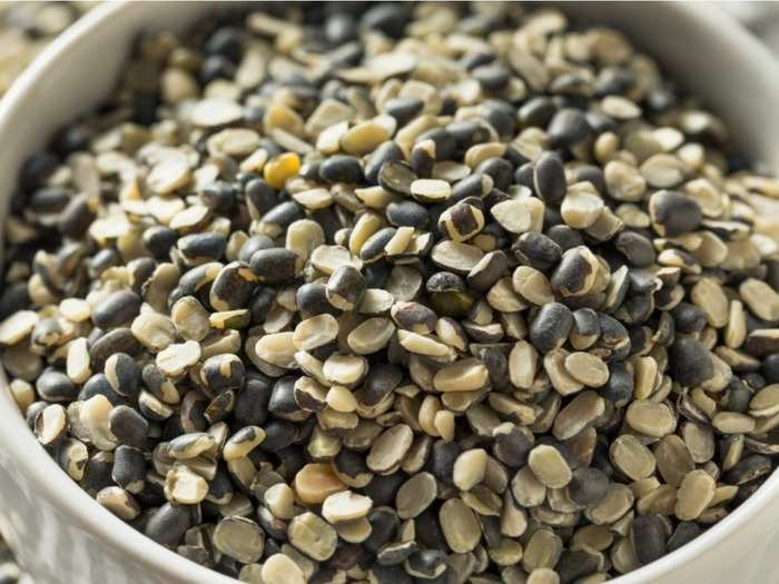 benefits of including urad dal black gram in your diet in hindi