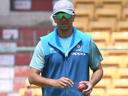 rahul dravid trending on twitter as team india beat australia in gabba test and won border gavaskar trophy