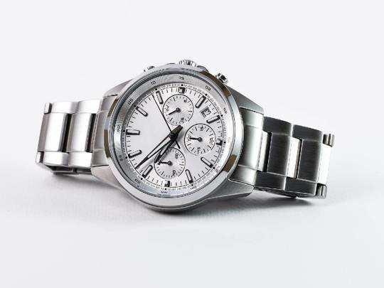 इन स्टाइलिश Watches on Amazon से आपकी ड्रेसिंग होगी कंप्लीट, हैवी डिस्काउंट पर खरीदें