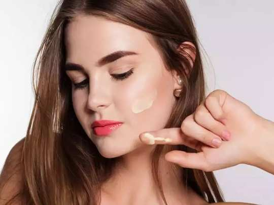 natural remedies for skin how to get soft skin by using milk malai and chandan powder in marathi