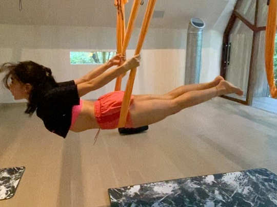sara ali khan workout video