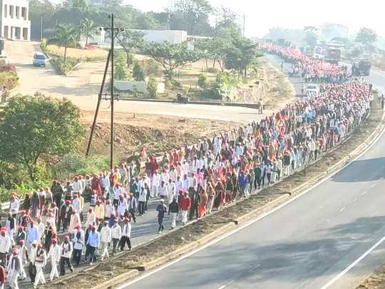 १५ हजार शेतकऱ्यांचा नाशिक ते मुंबई भव्य वाहन मार्च