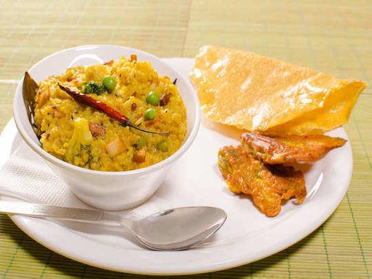 pancha dhan khichadi can help to grow baby stronger during pregnancy or khichdi recipe in marathi