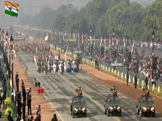 republic day parade india show military assets with rafale t-90 sukhoi-30 bramhos missile pinaka chinook apache helicopter tejas
