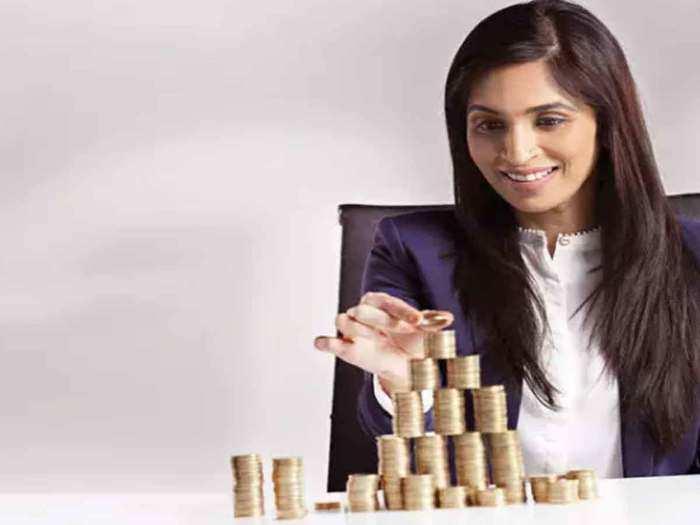 महिलाओं को इनकम टैक्स में अलग से मिलती है छूट? (File Photo)