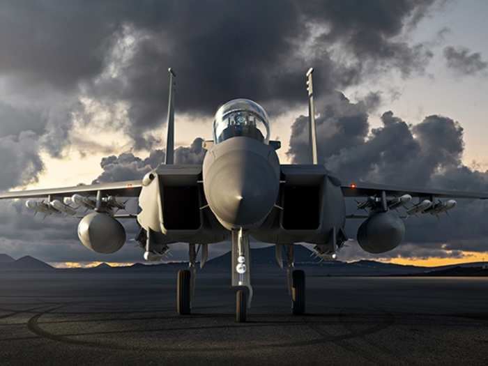 us offer india f-15ex fighter jet, know specifications and fire power, how powerful from rafael and su-30mki