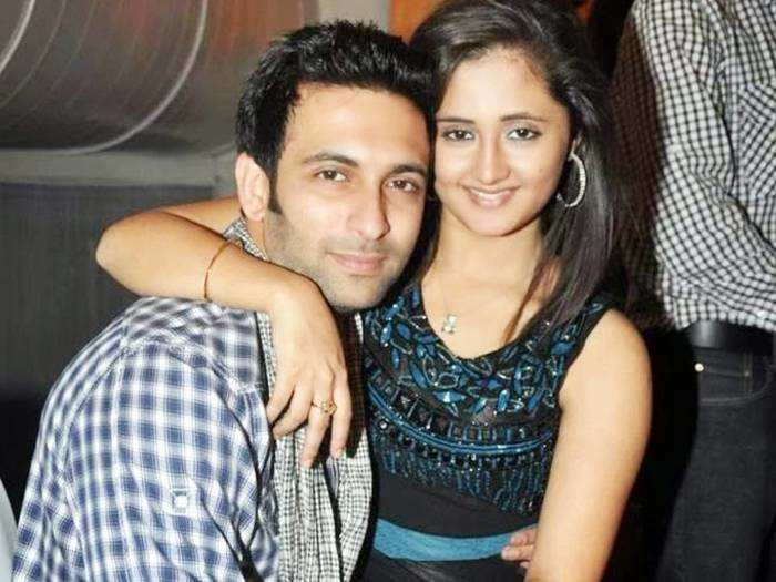 from ridhi dogra to juhi parmar television actresses who failed in marriages