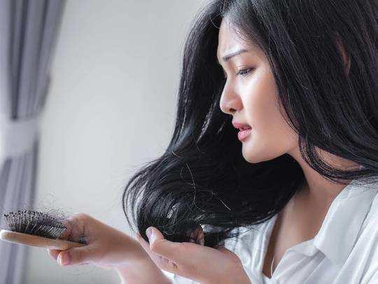 टूटते और कमजोर बालों से हैं परेशान तो आजमाएं ये Hair Care Products