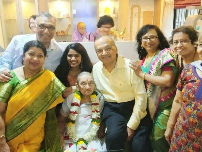 learn from a 100 year old grandmother how to live a happy and fun life in marathi