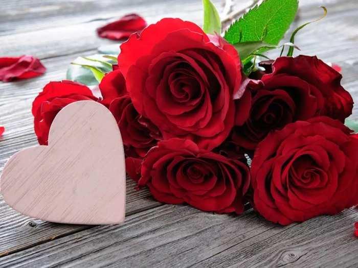 Happy Rose Day 2021 Wishes प्रेयसी, प्रियकर, मित्रमैत्रिणींना मराठीतून द्या रोझ डेच्या शुभेच्छा