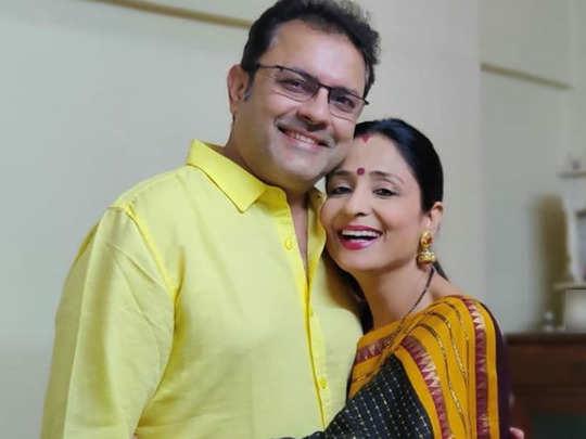 पति के साथ लता सभरवाल-Instagram@lataa.saberwal