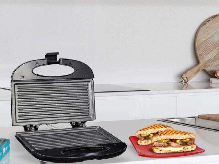 Sandwich Maker On Amazon : घर पर बनाएं गर्मागर्म और लजीज सैंडविच, 44% डिस्काउंट के साथ खरीदें ये Sandwich Maker
